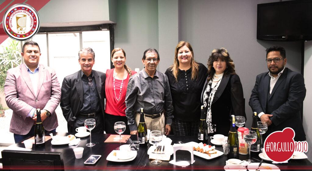 Visita de la Junta Nacional de Artesanos
